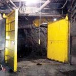 Image_2-Maxiflex_The-door-wings-of-underground-ventilation-mine-doors-from-Maxiflex-open-in-opposite-directions-enhancing-safety,–efficiency-&-productivity